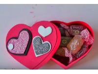 Cách làm hộp đựng quà hình trái tim đơn giản