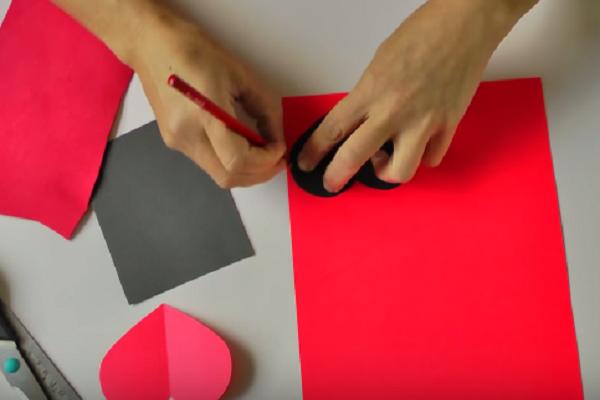 cách làm hộp đựng quà hình trái tim