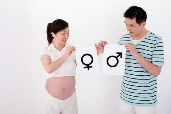 Cách tính sinh con trai hay gái theo tuổi mẹ hoặc cha