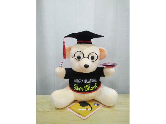 Gấu Bông tốt nghiệp đội mũ