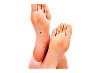 [Giải Mã] Nốt ruồi trong lòng bàn chân Trái - Phải ở nam giới đàn ông