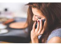 Làm gì khi chàng bạn trai không liên lạc ít nhắn tin gọi điện
