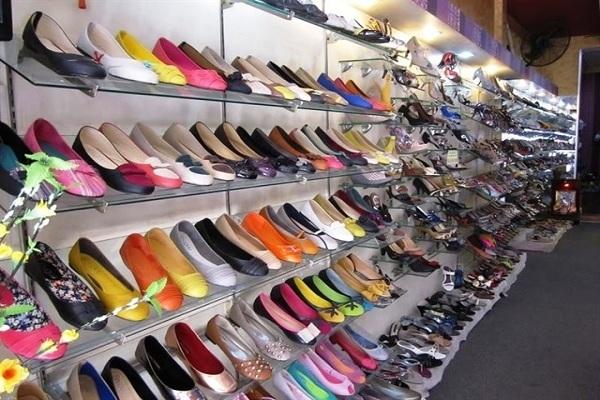 Shop giày dép cho phụ nữ trung niên lớn tuổi TPHCM